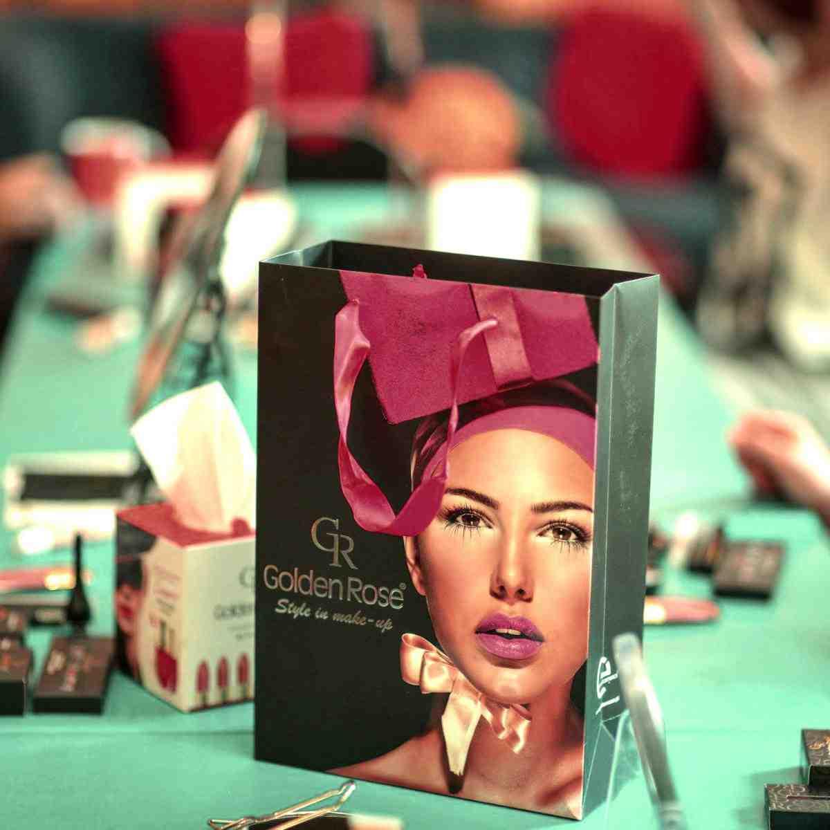 Uczestniczyliśmy w wyjątkowych warsztatach z podstaw makijażu! Wspieramy Inicjatywę Młodzież na Fali!