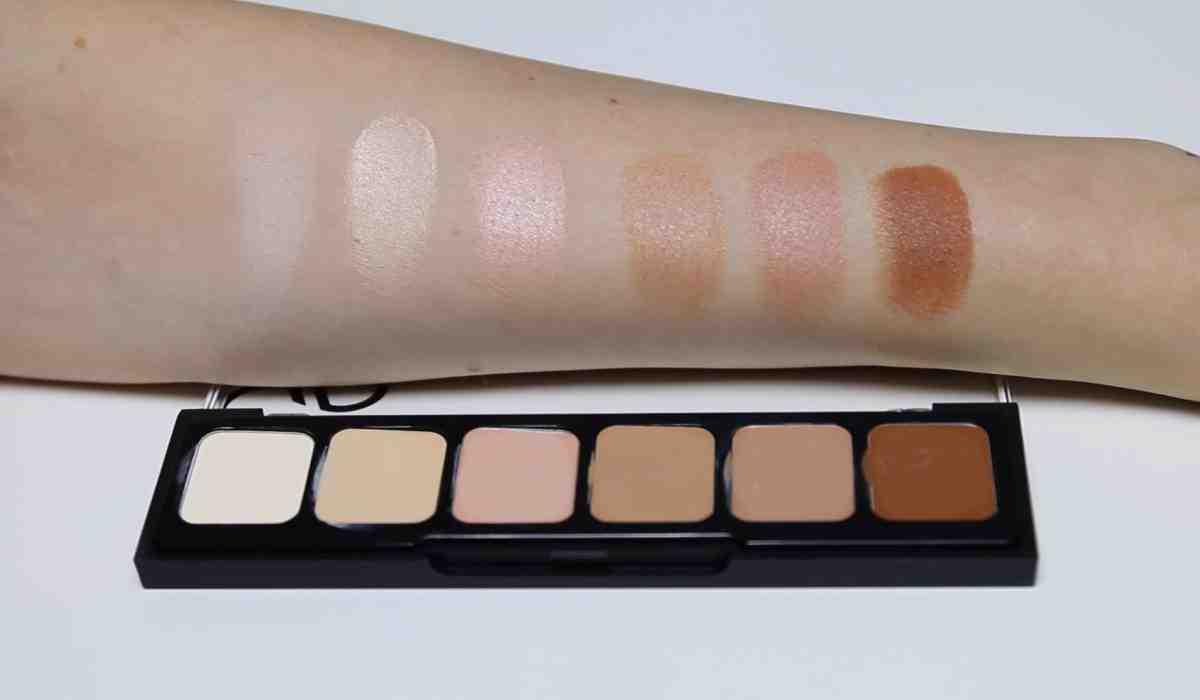 Koryguj i tuszuj z naszą najnowszą paletą korektorów kamuflujących! Milena Makeup testuje paletę Golden Rose.