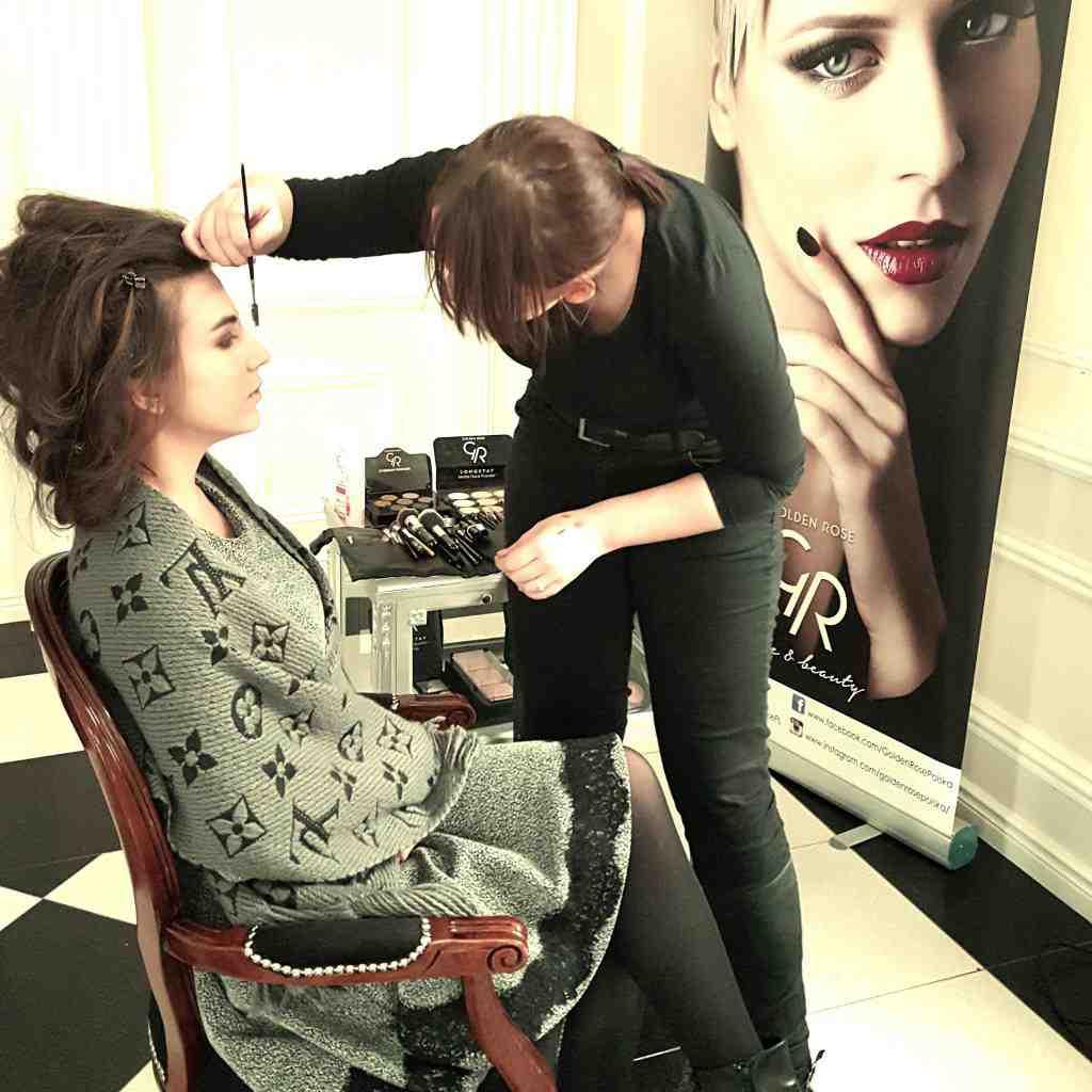 Kolejna sesja zdjęciowa z Golden Rose dla Magazynu Moda-Ślub! Golden Rose towarzyszyło w przygotowaniach!