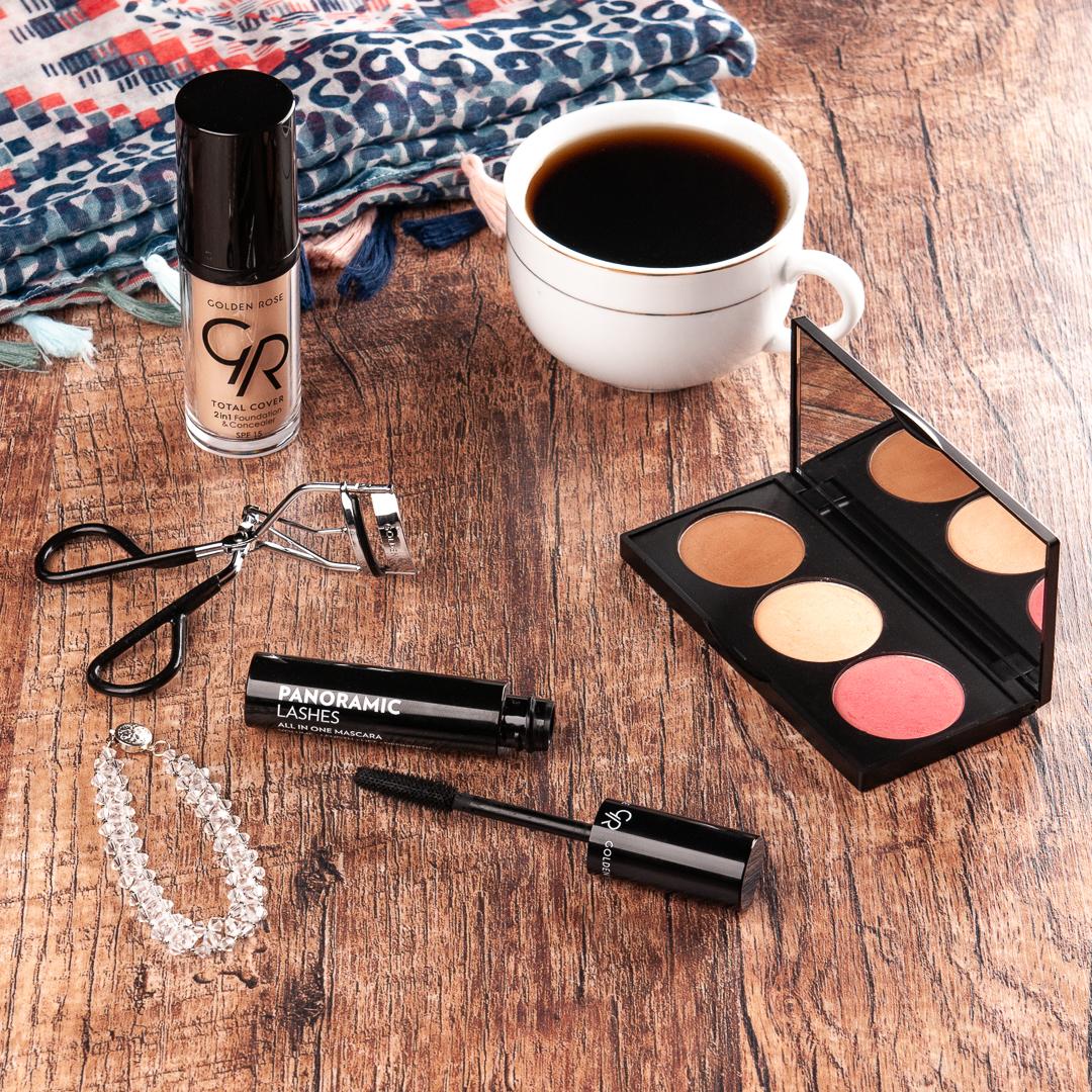 Naturalny makijaż na co dzień Matowe cienie w naszym codziennym make-upie